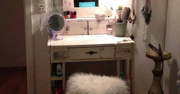 schminktisch aus paletten zauberhaft m bel selber. Black Bedroom Furniture Sets. Home Design Ideas