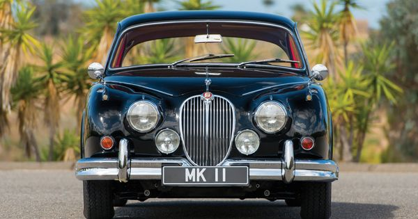 Jaguar-Mark-2-19