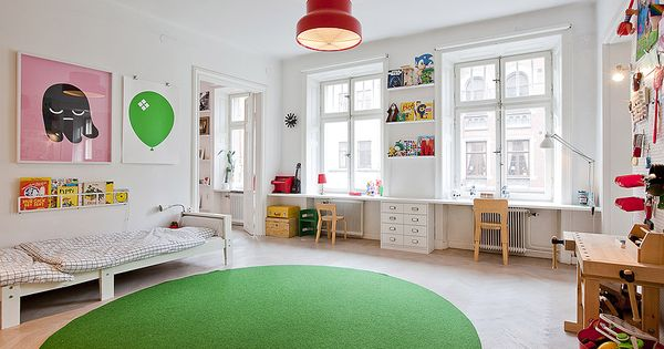 Love the colorful rug! Cute child's bedroom