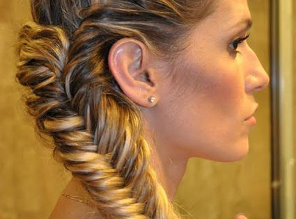 Fish tail side braid.