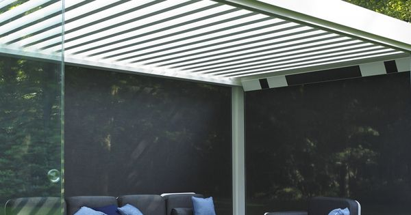 syst me de vitrages coulissants pour pergola bioclimatique pergolas lyon d co ext rieur. Black Bedroom Furniture Sets. Home Design Ideas
