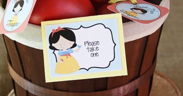 Snow White themed birthday party ideas - d