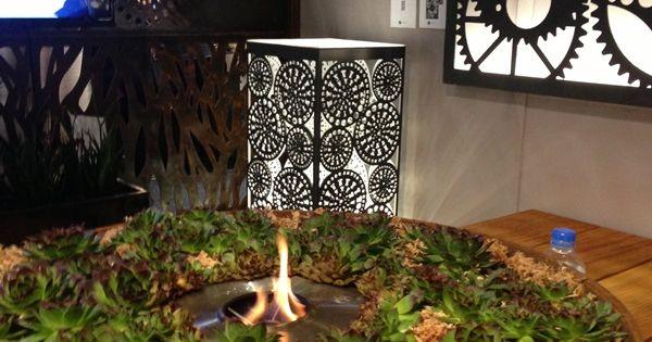 Entanglements metal art, round planter casting, Kuru ...