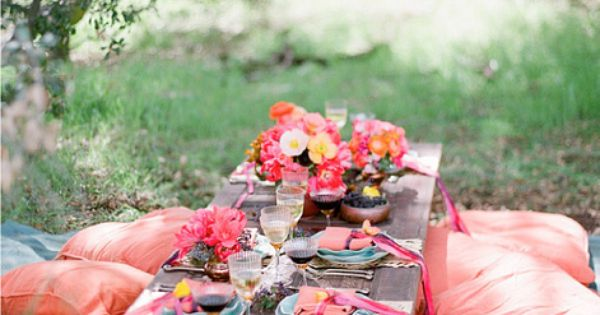 Picnic outside? Re-create this look with flowers from Bouquet Boutique, overlarge pillows