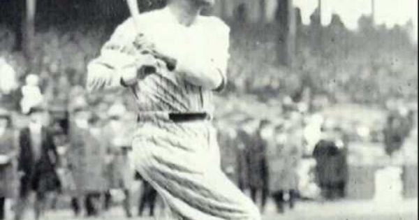 Mickey Hits Longest Home Run Babe Ruth Yankees Baseball Ny Yankees