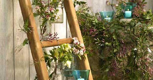 bricolage de jardin étagère-porte-plantes-échelle-bois-contre-mur ...