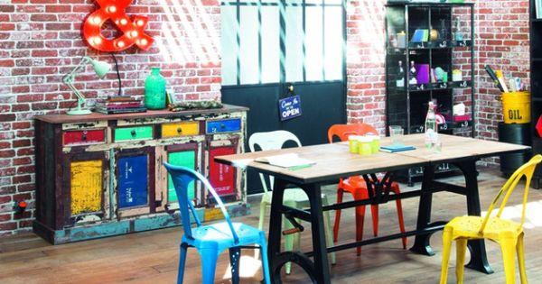 Mur brique rouge dans une salle à manger  Deco Ateliers, Estudios y ...