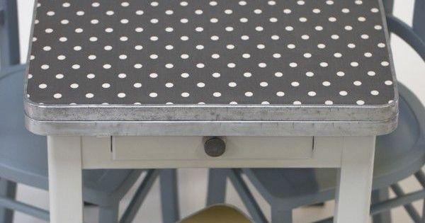 Table ann es 50 betty rien cirer meuble vintage for Cirer un meuble peint