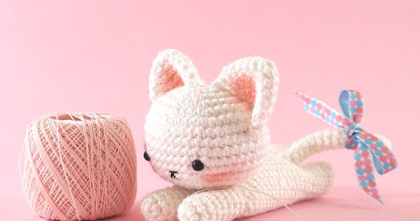Amigurumi crochet cat PATTERN ONLY (English) An ...