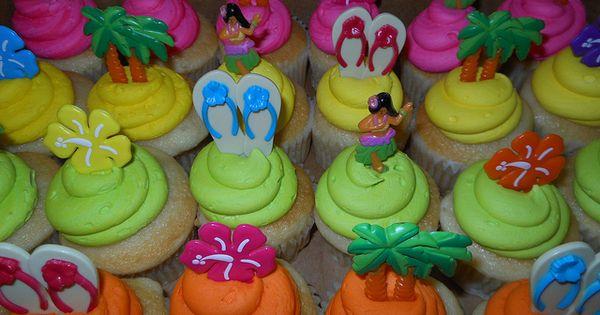 Luau Cupcakes Luau Cupcakes Flickr Photo Sharing