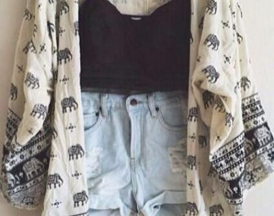 Image via We Heart It https://weheartit.com/entry/163966730/via/32117018 accessories beautiful clothes cute dress fashion