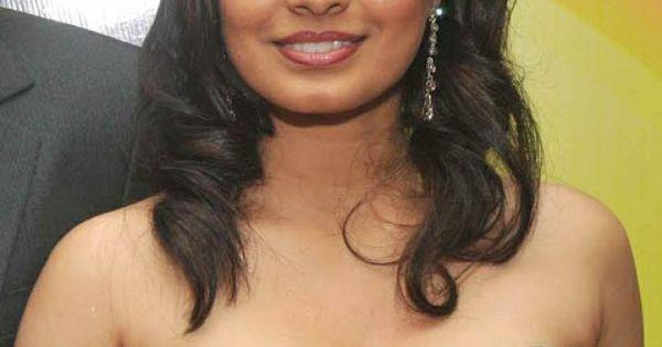 manisha kelkar latest hot photoshoot actress rare pictures