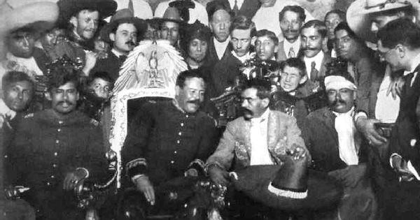 Emiliano zapata y pancho villa en la silla presidencial for Silla presidencial