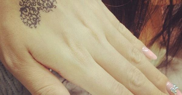 Beautiful Wedding Band Tattoos to Immortalize Your Vows