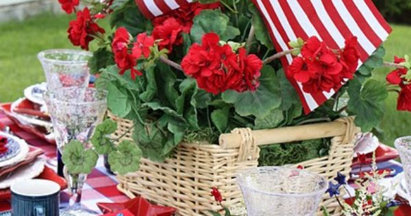 4th of July tablescape - I can just feel the hot day