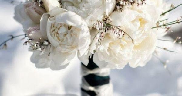 Winter bouquet - Winter wedding bouquet  www.planitcfl.com