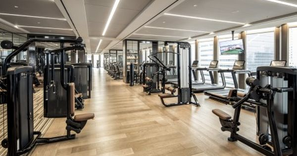 The Gym At Four Seasons Seoul Offers Everything You Need And More For Your Health And Wellbeing Including Cardiov Fitness Center Design Gym Interior Hotel Gym