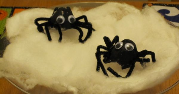 Toddler Approved!: Egg Carton Spiders