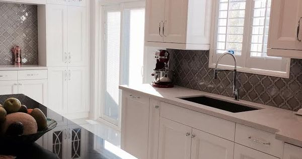 Best Custom White Kitchen Caeserstone Countertop Blanco Sink 400 x 300