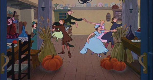 halloween at disney haunted mansion