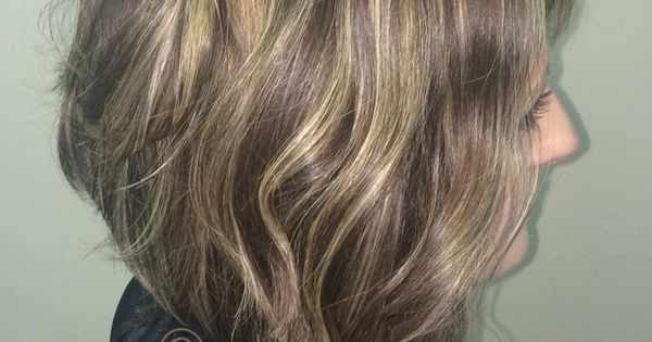 Medium Bob Hair With Messy Beach Waves Highlights And