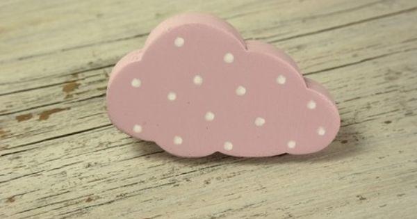 bouton de meuble nuage rose en bois peint roses. Black Bedroom Furniture Sets. Home Design Ideas