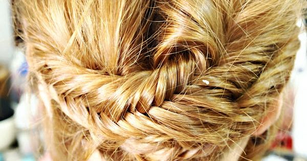 A new take on the fishtail braid. Click through for a side