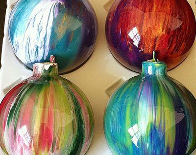 DIY ornament - Clear Christmas ornament and acrylic paint! Turn cheap, clear