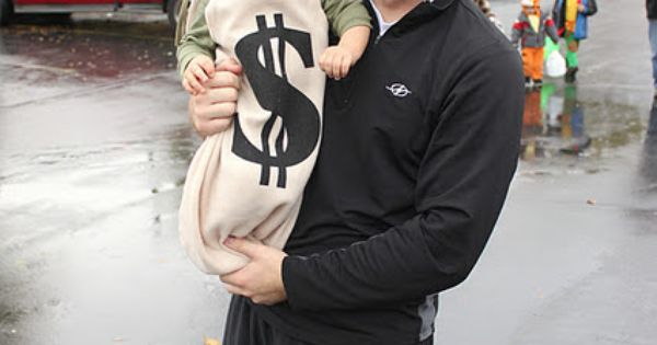 Cute Money Bag Baby Costume - Hundreds of creative DIY Halloween costume