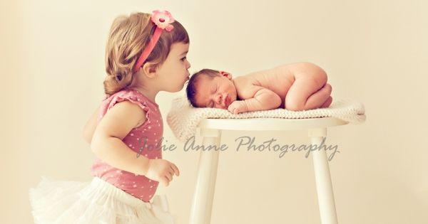 Sibling photo idea