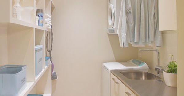 Modern laundry du bois design ltd cuarto de lavar for Antecomedores modernos pequenos