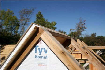 Structural Insulated Panels On Timberframe Roof Structural Insulated Panels Insulated Panels Energy Efficient House Design
