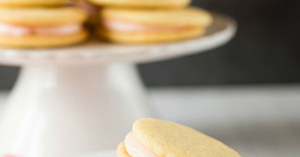 Pink grapefruit, Sandwich cookies and Sandwiches on Pinterest