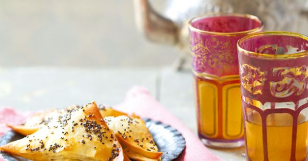 Moroccan Mint Tea with Apple, Cinnamon and Cardamom Bourekas by Liz ...