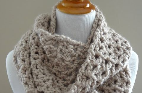 Free Crochet Pattern Pavement Infinity Scarf : Fiber Flux...Adventures in Stitching: Free Crochet Pattern ...