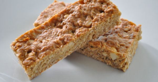Banana Coconut Chip Hungry Bar Ingredients: Whole Rolled Oats, Whole Wheat Flour,
