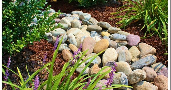 River rock landscaping colors smooth and rock landscaping for Smooth river rocks for landscaping