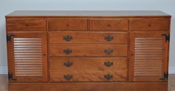 Ethan Allen Early American Style Dresser Buffet Early