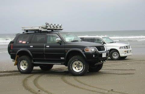 hokoron 2000 mitsubishi montero sport 2011260 pajero pinterest sports and sports page - Mitsubishi Montero 2000 Custom