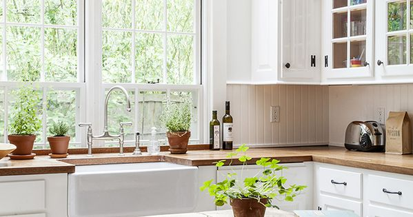 Mark and Blythe Harris's Sag Harbor Cottage designed by Elizabeth Cooper -