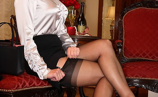 caesars palace club heels and nylon