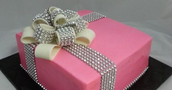Glam Ribbon Gift Box Cake Cake Decorating Ideas