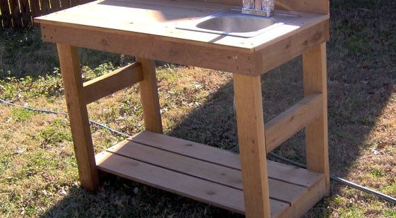 Brand New 4 Foot Cedar Potting Bench with Sink | Gardens ...