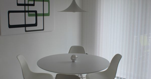Herman Miller Eames DSR and Knoll 42quot Saarinen Tulip table  : 4b89d97e61fa756ab2cc3de5c072038e from www.pinterest.com size 600 x 315 jpeg 14kB