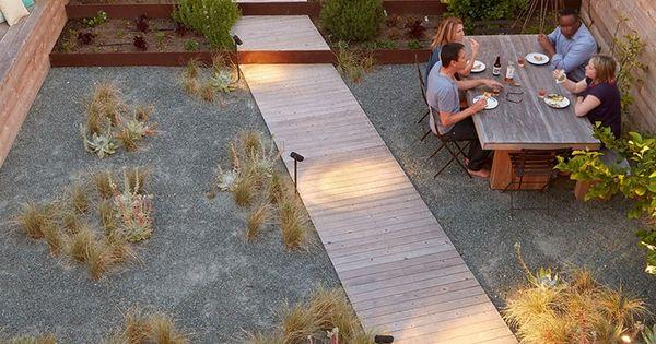 parquet ch ne massif cl ture en bois et jardin avec gramin es d 39 ornement et perso. Black Bedroom Furniture Sets. Home Design Ideas