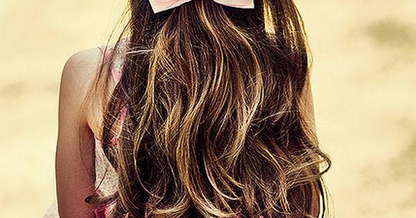 Pink bows. Pretty.