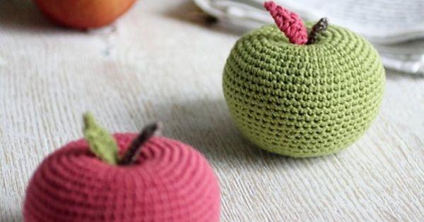 Amigurumi Yarn Size : Real size big apple amigurumi pattern, in size of 3 ...