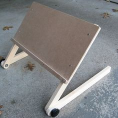 A Better Laptop Stand For Bed Suporte Para Tablet Pallets
