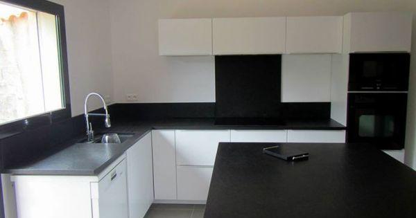 Cuisine plan de travail granit noir zimbabw vieilli for Bathroom designs zimbabwe