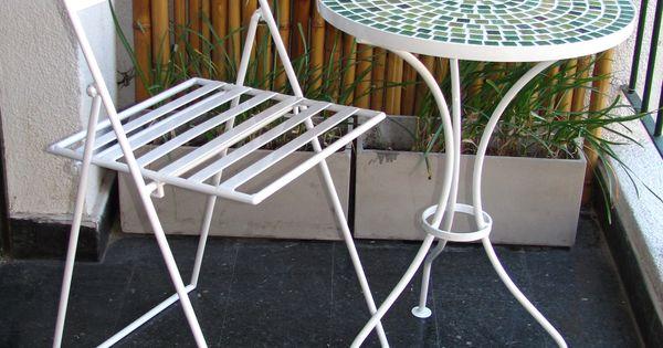 Juegos de mesa y sillas para balcon y o jardin mesas con for Sillones para balcon